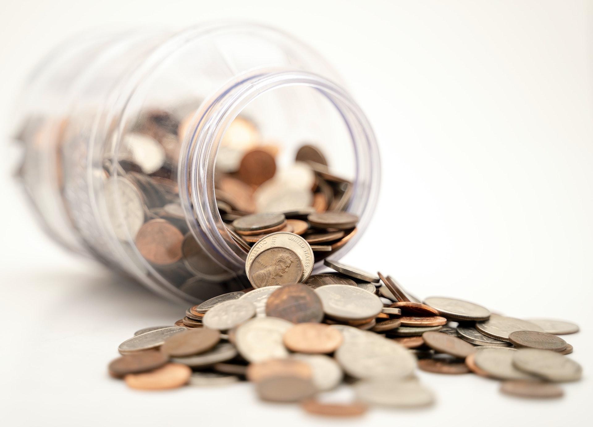 """З жовтня не прийматимуть """"старі"""" банкноти та монети 25 копійок"""